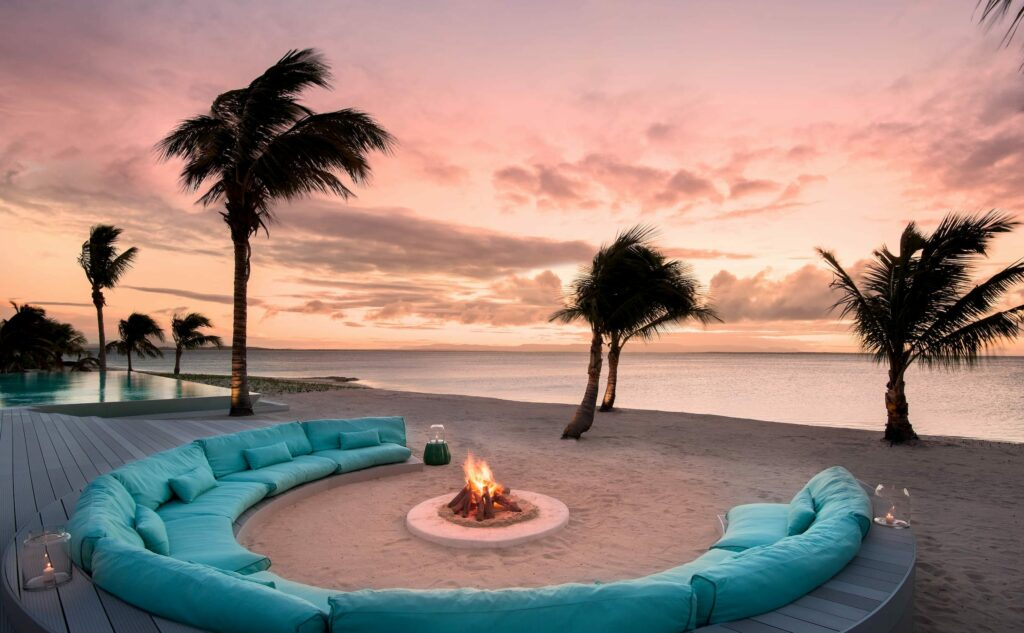 Lounge on the beach at Time + Tide Miavana